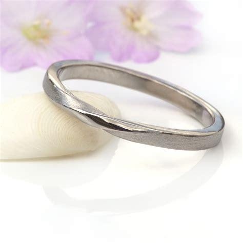 2mm ribbon twist wedding ring ethical wedding bands lilia nash jewellery