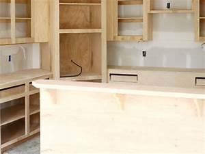 une cuisine ouverte sur le sejour de 10 m2 leroy merlin With construire une hotte de cuisine