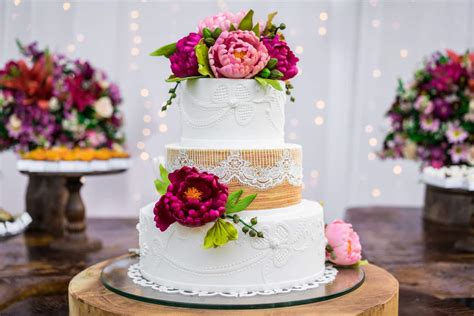 a wedding cake trend is happening and we like it