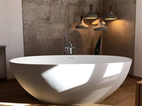 Freistehende Badewanne Die Moderne Badeinrichtungminimalistische Freistehende Badewanne by Freistehende Badewanne Piemont Mineralguss Oval Ei