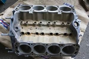 Moteur V8 A Vendre : bloc moteur de v8 de mustang photos stock image 32773253 ~ Medecine-chirurgie-esthetiques.com Avis de Voitures