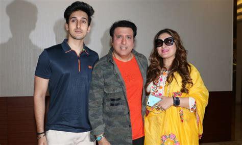 govinda host special screening   film aa gaya hero
