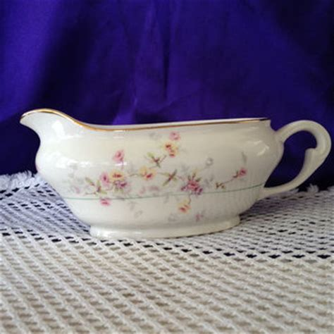 Gravy Boat Made In Usa by Pope Gosser Clementine Gravy Boat Pattern From
