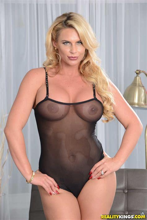 Nude Blonde Had Sex With Her Ex Photos Phoenix Marie Jmac Milf Fox