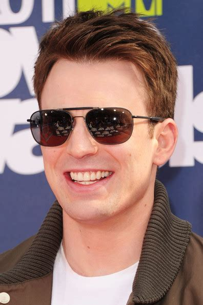 chris evans actor profile     hollywood