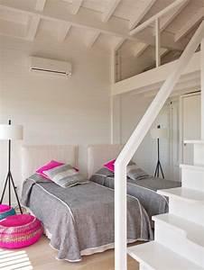 Lits Jumeaux Adultes : maison en bois en bord de mer ~ Melissatoandfro.com Idées de Décoration