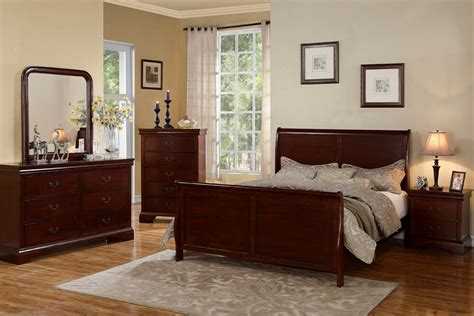 traditional style cherry wood beds dresser queen king
