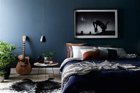 20 quartos incríveis com azul marinho na decoração limaonagua