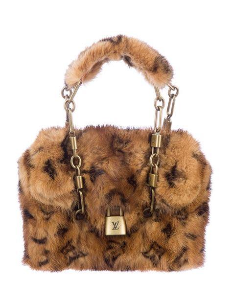 louis vuitton monogram mink papillon pochette handbags