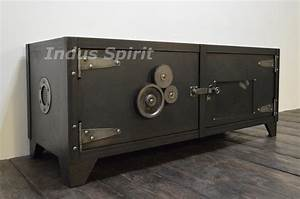 Meuble Industriel But : meuble tv design industriel ~ Teatrodelosmanantiales.com Idées de Décoration