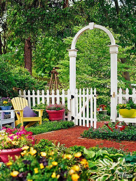 Decorative Garden Fence Ideas by Decorative Fence Ideas