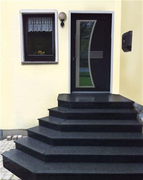 Bei Aussentreppen Auf Material Und Konstruktion Achten by Au 223 Entreppen Eingangstreppen Granit Treppe Au 223 En