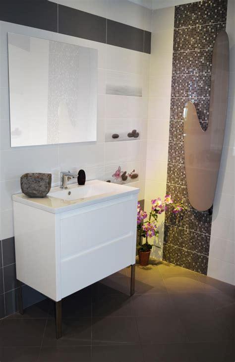 frise faience cuisine frise faience cuisine finest meuble de salle de bain blanc laqu cm faence blanc et grise