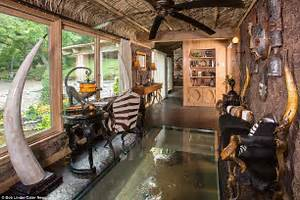 African queen house in missouri put up for sale for 15m for Classic wood floors springfield mo