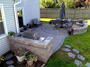 Paver, Patio, With, Grill, Surround, And, Fire, Pit, In, 2020