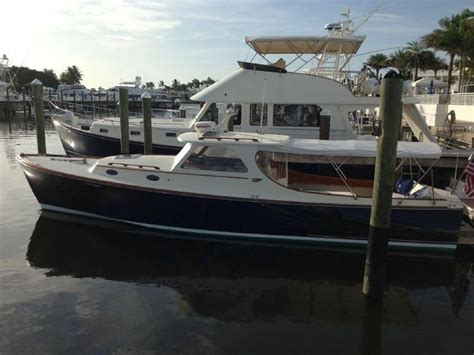 Hinckley Power Boats by 1996 Hinckley Picnic Boat Classic Power Boat For Sale