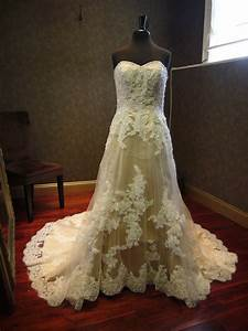 Champagne wedding dress with ivory lace overlay high cut for Champagne wedding dress with ivory lace overlay