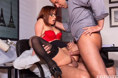 Secretary Tina Hot Gets Double Penetrated At Work Of