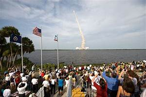 Titusville Florida: Center of the Space Age Boom