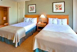 Interconnecting rooms with two double beds - Picture of ...