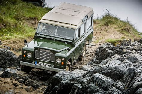 land rover off road off road driving techniques how to guide land rover