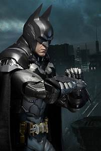 Closer Look: Batman Arkham Knight 1/4 Scale Action Figure ...