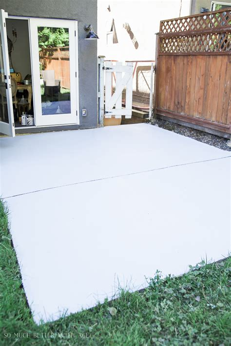Backyard Concrete Slab by How To Paint Stripes Like An Outdoor Rug On Patio Concrete