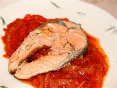 recette de cuisine saumon recette saumon vinaigr 233 sauce poivron oignon cuisinez saumon vinaigr 233 sauce poivron oignon