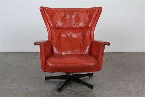 Mid-century Modern Red Leather Swivel Chair At 1stdibs