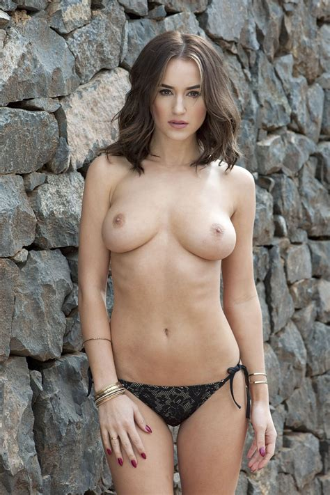 Topless Pics Of Rosie Jones The Fappening Leaked Photos