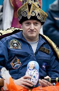 Scott Kelly Astronaut Wife - Pics about space