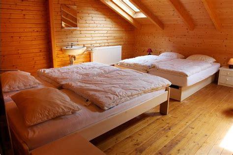 hotel durbuy avec chambre chalet de vacances rustique avec pour 24 pers à