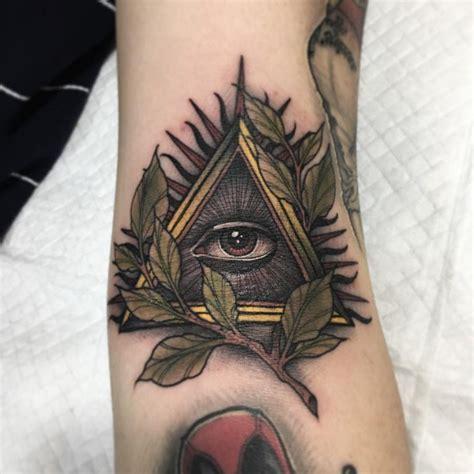 Illuminati Tatoo 60 Mysterious Illuminati Designs Enlighten Yourself