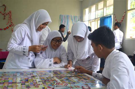 Panduan penubuhan persatuan silat di sekolah dan boleh dijadikan rujukan kepada persatuan lain. Pengertian Toleransi contohnya dan gambar toleransi di ...