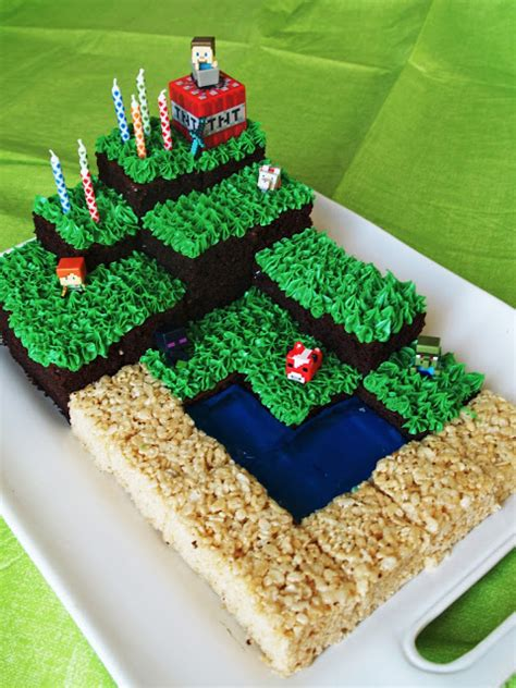 how to decorate a minecraft cake kenenske minecraft with free printables