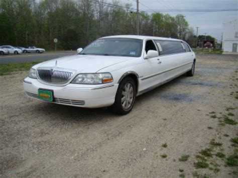 Limo For Sale by Used 2004 Lincoln Town Car Executive Limo For Sale Ws