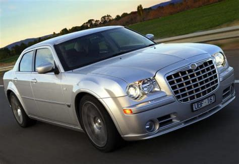 2006 Chrysler 300c Review by Used Car Review Chrysler 300c 2005 2006 Carsguide