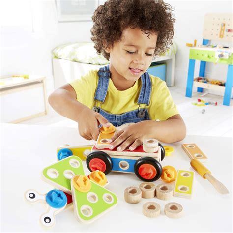 jeux de cuisine de maman jouet bébé 36 mois dinette cuisine hape et jouets bébé