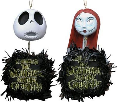 jack skellington  sally hanging heads wreaths ornament