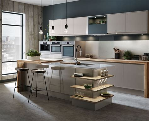 microwave kitchen cabinet bayswater gloss kitchen howdens joinery