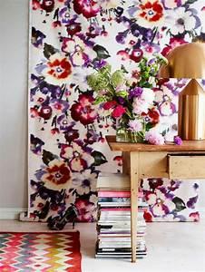 le papier peint en 52 photos pleines d39idees With tapis chambre bébé avec top imprimé fleuri