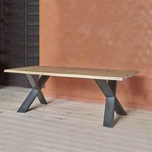 Table Bois Massif Metal : table de salle manger moderne extensible en ch ne massif et m tal pieds en x forest 4 ~ Teatrodelosmanantiales.com Idées de Décoration