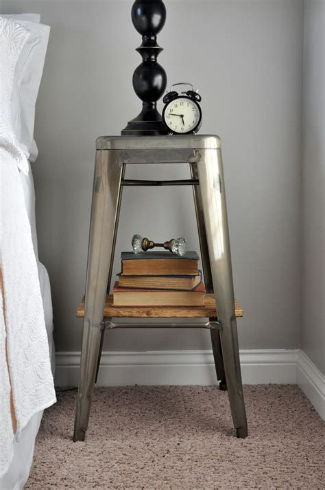 Metal Stands Bedroom by 25 Best Ideas About Metal Nightstand On