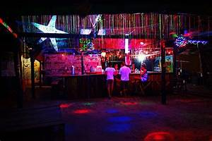 Free photo Nightlife Bar Illuminated Party Night ...