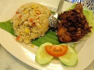 Nasi Goreng Ayam Special - Picture of Kemaman Kopitiam ...
