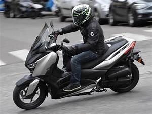 Accessoire Xmax 125 : essai yamaha x max 125 2018 motostation ~ Melissatoandfro.com Idées de Décoration