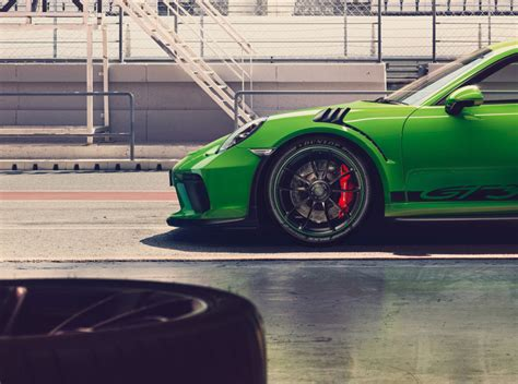Dunlop Sport Maxx Race 2 Oe On New Porsche 911 Gt3 Rs