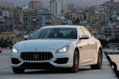 Maserati Quattroporte Saloon Review (2016