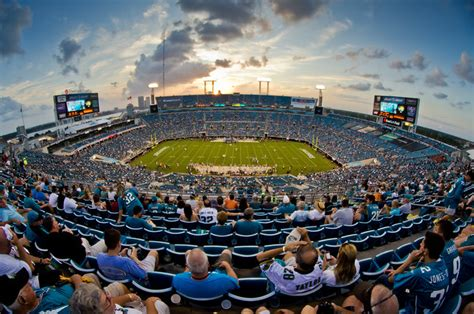 As many fans will attest to, tiaa bank field is known to be one of the best places to catch live entertainment around town. Gallery Jacksonville Jaguars Everbank Stadium
