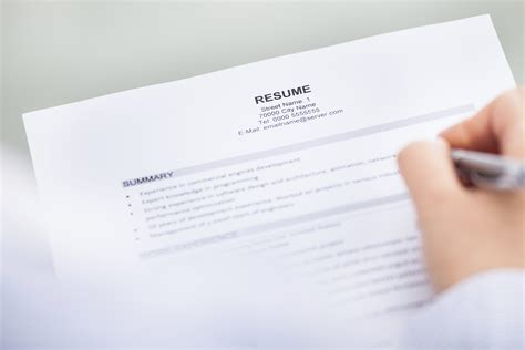 What To Say When Handing In A Resume In Person by My Resume Doesn T Fill Up One Page The Bean Counter